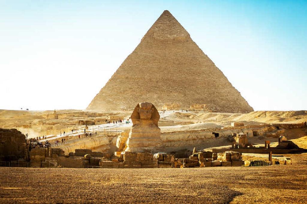 Cairo, Great-pyramids